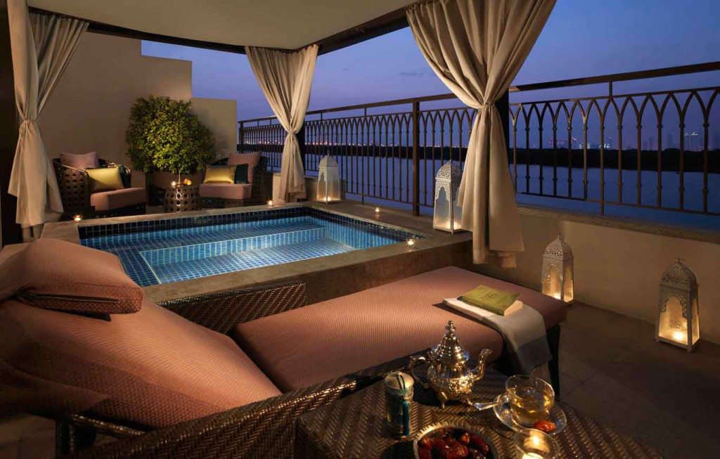 11_Anantara_Mangroves_Pool_Suite